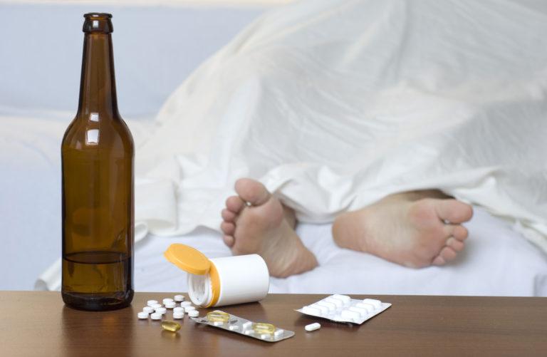 Женский алкоголизм как лечить в домашних условиях