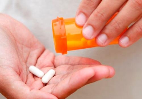 препараты понижения уровня холестерина крови