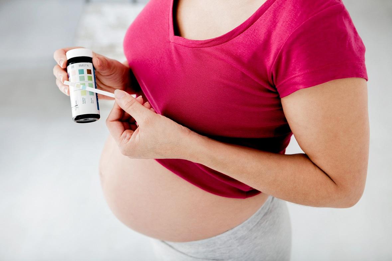 Беременные девушки черно белые 60