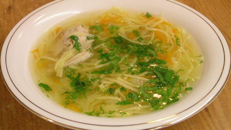 Суп с лапшой и курицей и яйцом рецепт с пошагово
