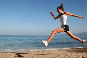 Лейкоциты в моче — причины повышенных лейкоцитов у женщин